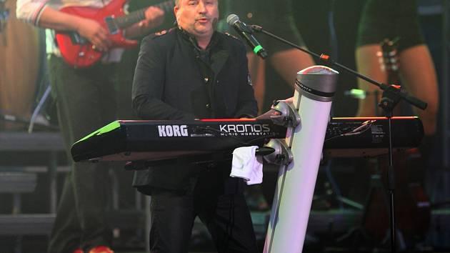 Michal David.