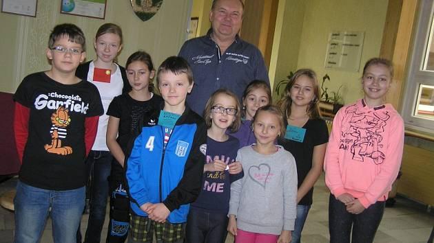 Pro starostu Jana Martince není beseda se školáky nic neobvyklého.