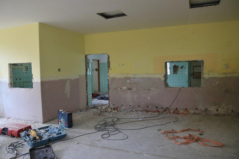 Rekonstrukce kuchyně a jídelny na ZŠ a MŠ v Sobíňově.