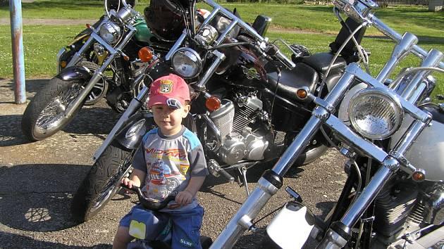 Malý motorkář.