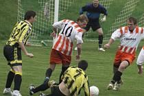 V neděli se v Borové utká druhý a první tým okresního přeboru v přímém souboji o postup do I. B třídy. Domácí fotbalisté musí bezpodmínečně vyhrát.