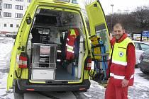 Špičkovou technikou disponují sanitky Zdravotnické záchranné služby kraje Vysočina. Jednu z nich si mohli účastníci konference ve Sluncii detailně prohlédnout.
