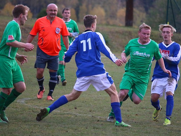 V Keřkově po dlouhé době mistrovský zápas okresního přeboru kopané Havlíčkobrodska svedla domácí Sativa proti rezervě SK Přibyslav. Keřkov je jednou z jedenácti místních částí města. Ve zbývajících deseti se fotbal nehraje.