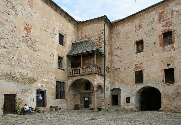 Filmové kulisy na hradě v Ledči nad Sázavou.