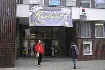 Setkání křesťanské mládeže v KD Ostrov BrodFest mělo letos podtitul Restart