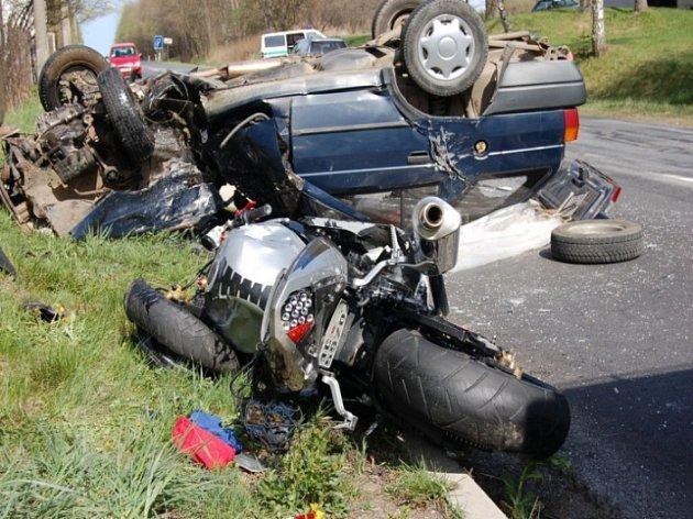Alarmující počet nehod! Tento rok zemřeli na Vysočině již tři motorkáři.