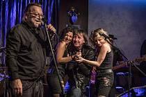 Hudba Praha Band nabídla divákům velkou porci energie.