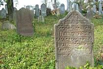 Židovský hřbitov a synagoga