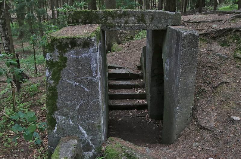 Prvorepublikové bunkry u Sobíňova na Havlíčkobrodsku.