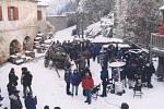 Z natáčení filmu Bídníci.