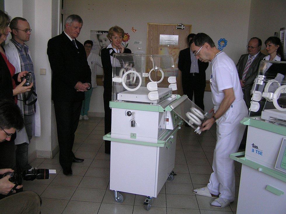 Přestože během své profesní dráhy dostával zajímavé nabídky, zůstal Václav Miláček věrný jedné nemocnici.