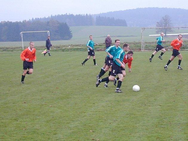 V okresním přeboru byla sehrána zajímavá utkání. Ve Štokách padlo dokonce dvanáct gólů.