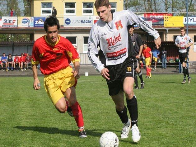 Radoval se Provazník. Na kraji zálohy se často potkávali Roman Provazník a ždírecký Petr Carda. Na body měl v konečném účtování navrch havlíčkobrodský záložník. Jeho tým vyhrál a Provazník navíc vstřelil i vítězný gól.