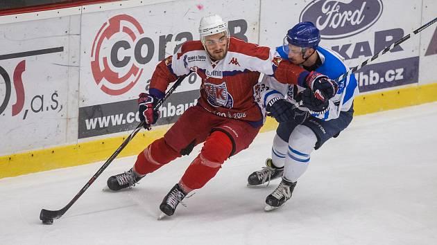 Bruslaři na ledě soupeře prohráli. Bobři srovnali sérii na 1:1.
