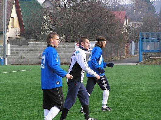 Dominik Balaščák (v bílém)