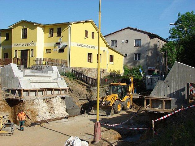 Rekonstrukce železničního mostu v Lánecké ulici