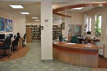 Ilustrační foto. Až dvacet tisíc může vyhrát knihovna, která posbírá nejvíc starých mobilů.