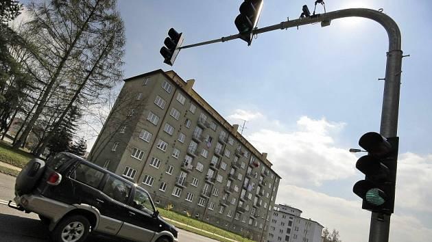 Zpomalovací semafor v Masarykově ulici.