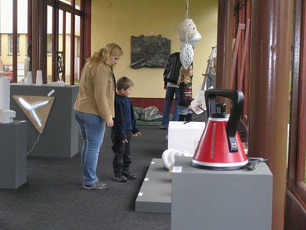Návštěvníci  areálu akademie díla světelských studentů obdivovali i nahlas.