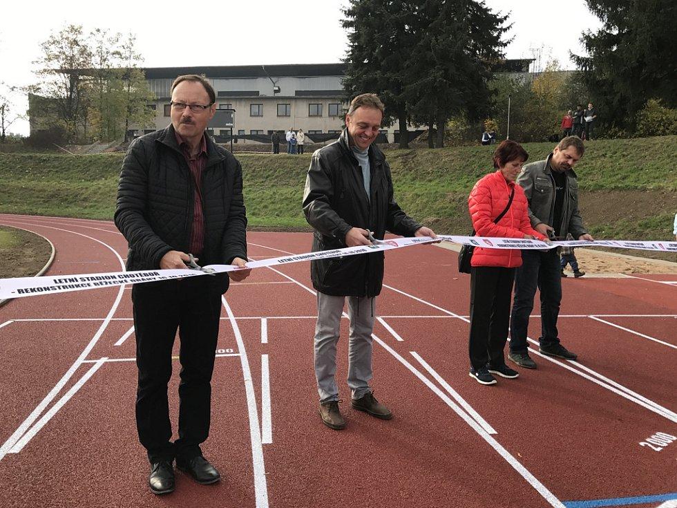 Chotěbořská radnice v neděli slavnostně otevřela novou dráhu.