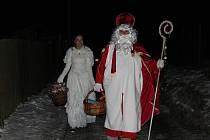 Mikulášská mašinka patří k chotěbořským předvánočním tradicím.