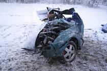 Zničený vůz.