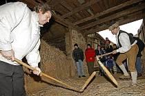 Život na statku v době před dvěma až třemi sty lety mohou návštěvníci zažít na Michalově statku vPohledi u Světlé nad Sázavou.