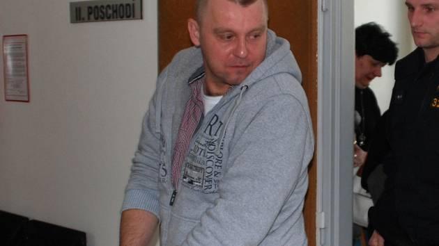 Vlastislav Růžička loni brutálně vraždil. V Praze teď zjistí, zda je paranoidní schizofrenik.