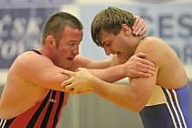 Jedním z havlíčkobrodských medailistů se stal v sobotu Jaromír Žák (vpravo). V hmotnostní kategorii do 96 kg skončil třetí.