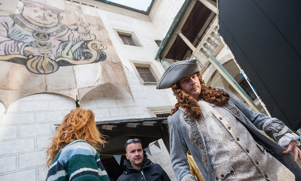 Režisér Marek Najbrt natáčel v prostoru hradu v Ledči nad Sázavou filmovou pohádku Čertí brko.