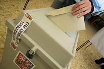Prezidentské volby pokračují.