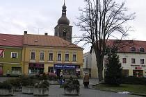 Přibyslavská věž, kterou čeká rekonstrukce se naklání, ale přímé nebezpečí nehrozí