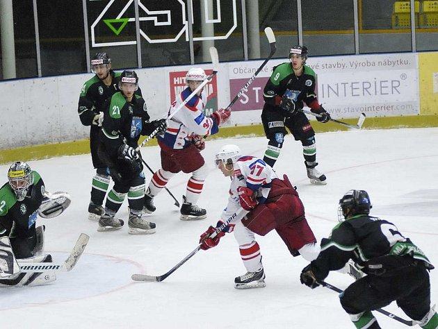 Proti Plzni sehráli st. dorostenci výborný zápas a získali tři body, s Litvínovem prohráli.