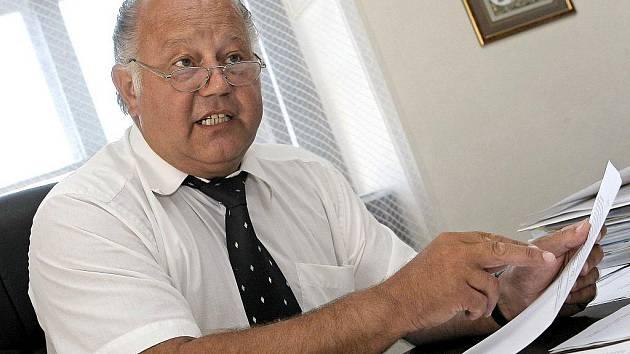 Jan Herout, advokát Petra Zelenky, který byl za vraždu sedmi pacientů a deseti pokusů odsouzen na doživotí.