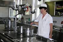 Nemocniční kuchyně v Brodě zvládne uvařit i pro tři Domovy seniorů.