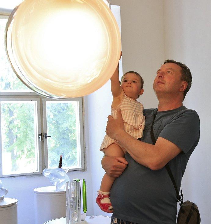Zámecký sklářský den ve Světlé nad Sázavou.