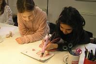UČENÍ HROU. Kamarádskou formou kroužek nabízí metodiku  a zkušenost učitele, lektora i táty-kutila.