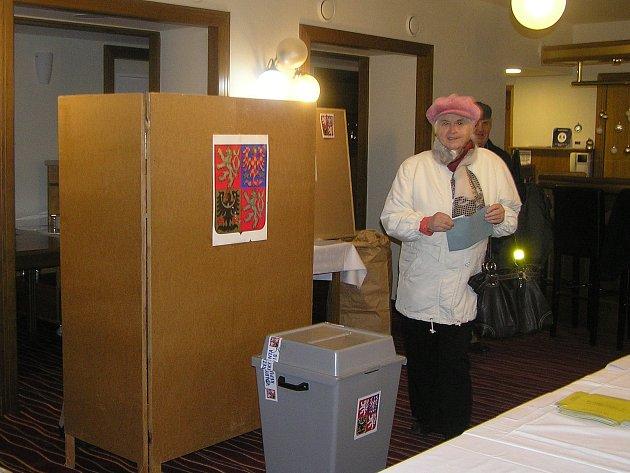 Luxusní prostředí nabídl voličům Hotel Brixen v Havlíčkově Brodě.