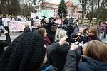 Ministr zdravotnictví Adam Vojtěch v pátek 21. února navštívil Psychiatrickou nemocnici Havlíčkův Brod.