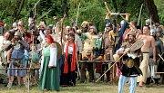 V sobotu bylo u Ledče nad Sázvou  k vidění například vypálení středověké vesnice, střelba z palných zbraní, středověká tvrz. Konal se zde totiž již třináctý ročník bitvy o Notorburg. Příchozí mohli vidět i středověké soutěže pro děti či rytířské turnaje.