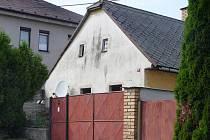 O domě číslo 11 lidé soudí, že je prokletý.
