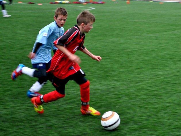 Po rozpačitém podzimu, kdy si brodští žáci na ligovou soutěž zvykali, se na jaře začínají dostavovat i výsledky a jsou zatím překvapením jara.