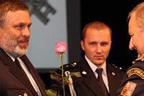 V Jihlavě předávali záslužné medaile záchranářům.