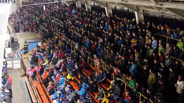 Hlavním tahounem jsou vždy derby. To mezi Žďářem nad Sázavou a Havlíčkovým Brodem vytvořilo divácký rekord. Na stadion si našlo cestu 2 253 diváků.