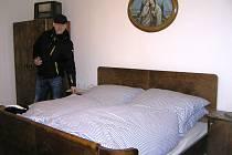 Podle ledečského kastelána má prohlídka retro bytu u návštěvníků úspěch.
