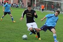Ve druhém poločase fotbalisté Lípy (vpravo) dvakrát inkasovali a z bodů se nakonec radovala Havlíčkova Borová.