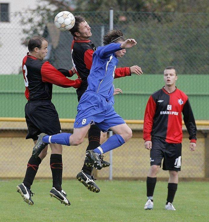 Ždírečtí fotbalisté poprvé doma prohráli a klesli na sedmé místo.