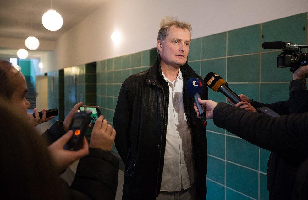 Ministr zdravotnictví Adam Vojtěch v pátek 21. února navštívil Psychiatrickou nemocnici Havlíčkův Brod. Na snímku odvolaný ředitel Jaromír Mašek.