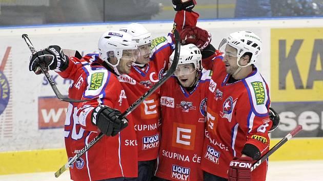 Třebíčští hokejisté vyhráli s Mostem čtvrté utkání v řadě.