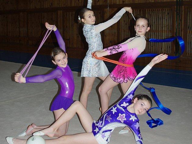 Gymnastky ze Školního sportovního klubu při ZŠ Štáflova.